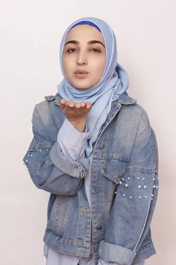 L'italia dice sì ai green pass stranieri ma il regno unito resta in quarantena. 220 Hijab Sexy Foto Foto Stock Gratis E Royalty Free Da Dreamstime