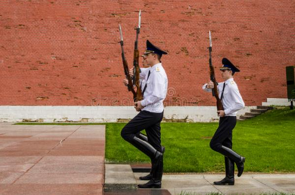 Russian Soldier Honor Guard At The Kremlin Wall. Tomb Of ...