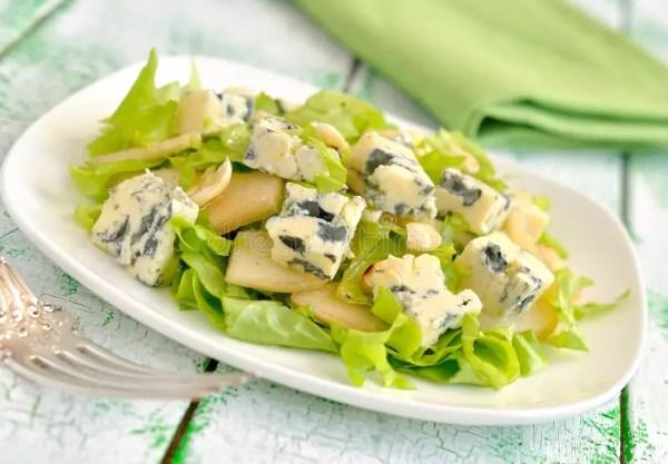 Salade Avec Du Fromage Bleu Image stock - Image du croûte ...