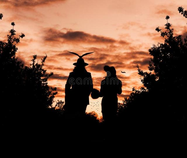 Silhouette Photography Of Male And Female Free Public Domain Cc Image