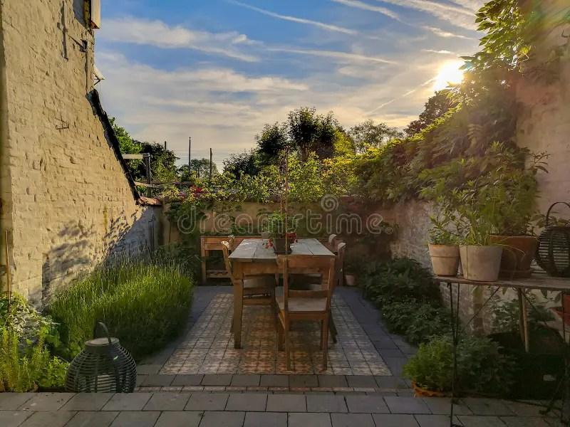 50 586 patio garden photos free