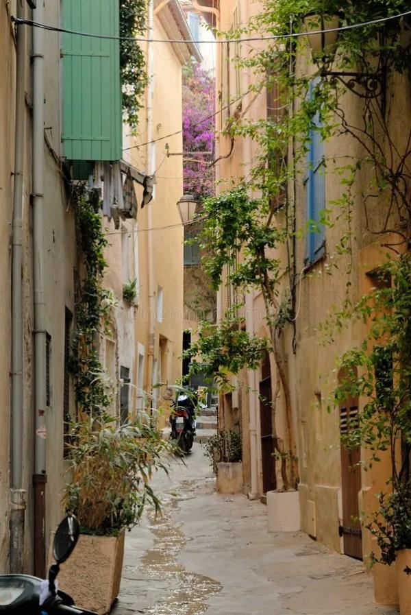 Tropez улицы святой Франции Стоковое Фото - изображение ...