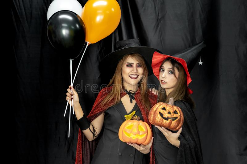 Jul 10, 2020 courtney chavez/instagram. Halloween Costumes Teenager Young Adult Girl In Party Stock Image Image Of Holiday Costumes 161530385