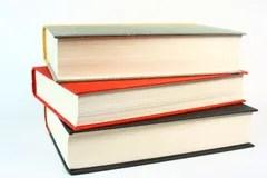 trois-vieux-livres-7073768.jpg