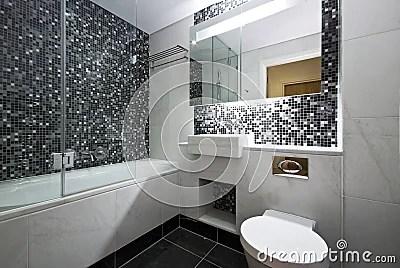 Contemporary En Suite Bathroom In Black And White Royalty