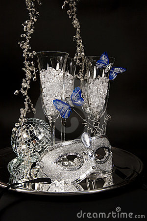 Silver Mask Amp Champagne Glasses Royalty Free Stock