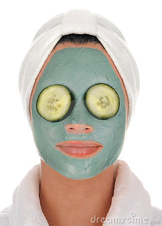 Spa cucumber mud mask
