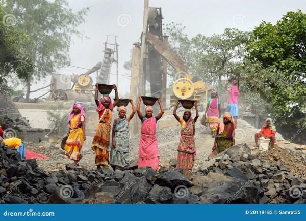 шахта Индии дробилки редакционное фотография. изображение ...