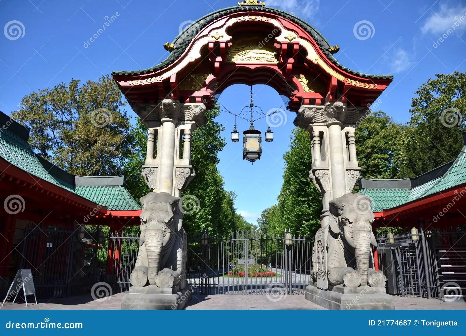 Berlin Zoo Gate Stock Image Image Of Garten Zoologischer