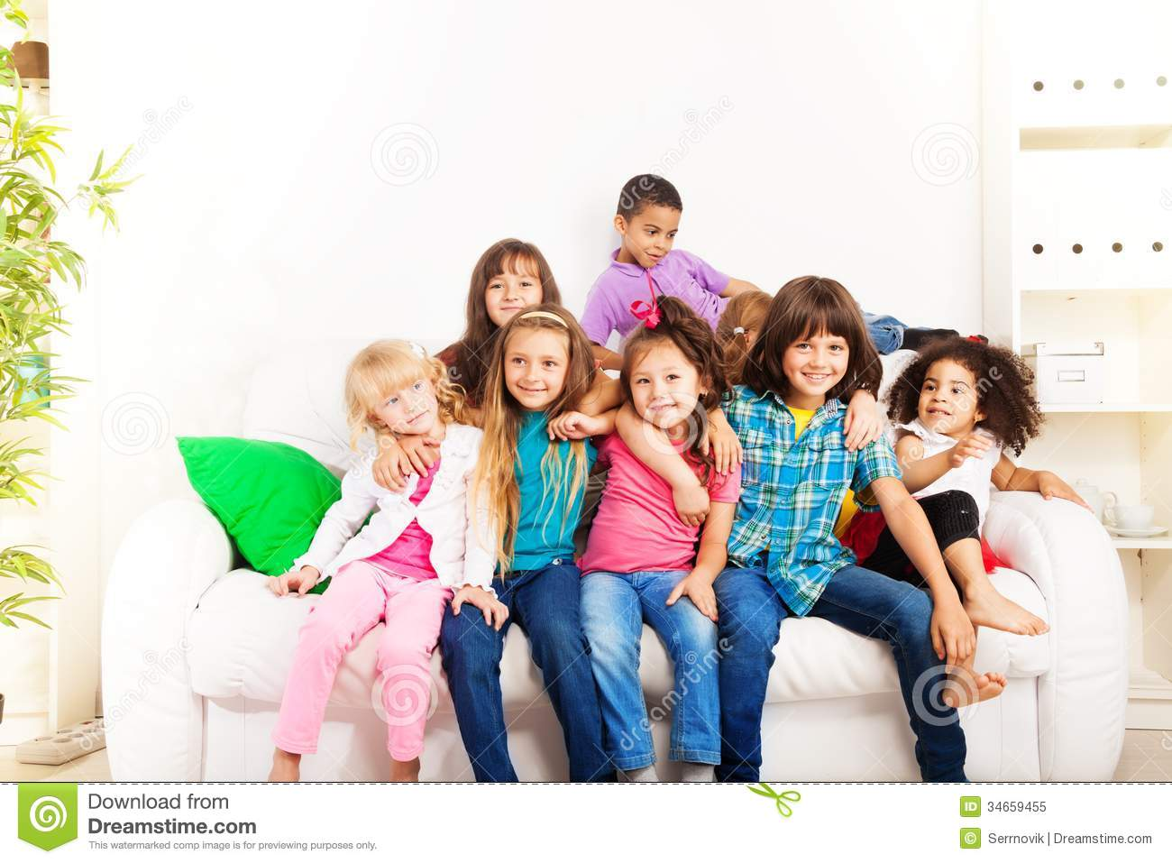 Best Friends Forever Stock Image Image Of Couch Kids