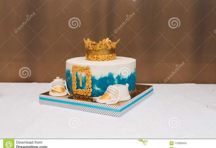 Birthday White And Blue Cake For 1 Year Old Boy Birthday Cake For