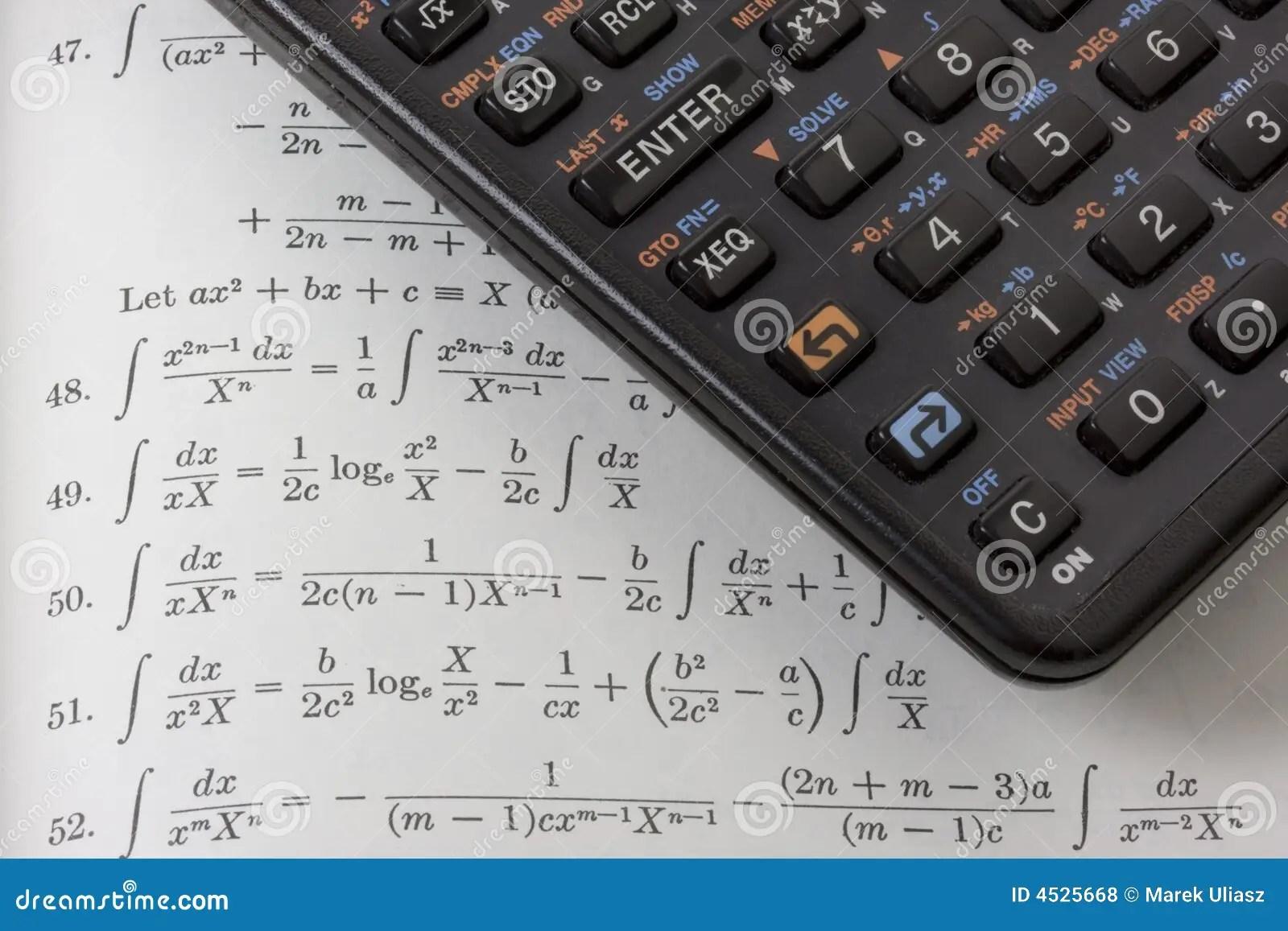 Calculatrice Scientifique Sur Le Manuel De Maths Photo
