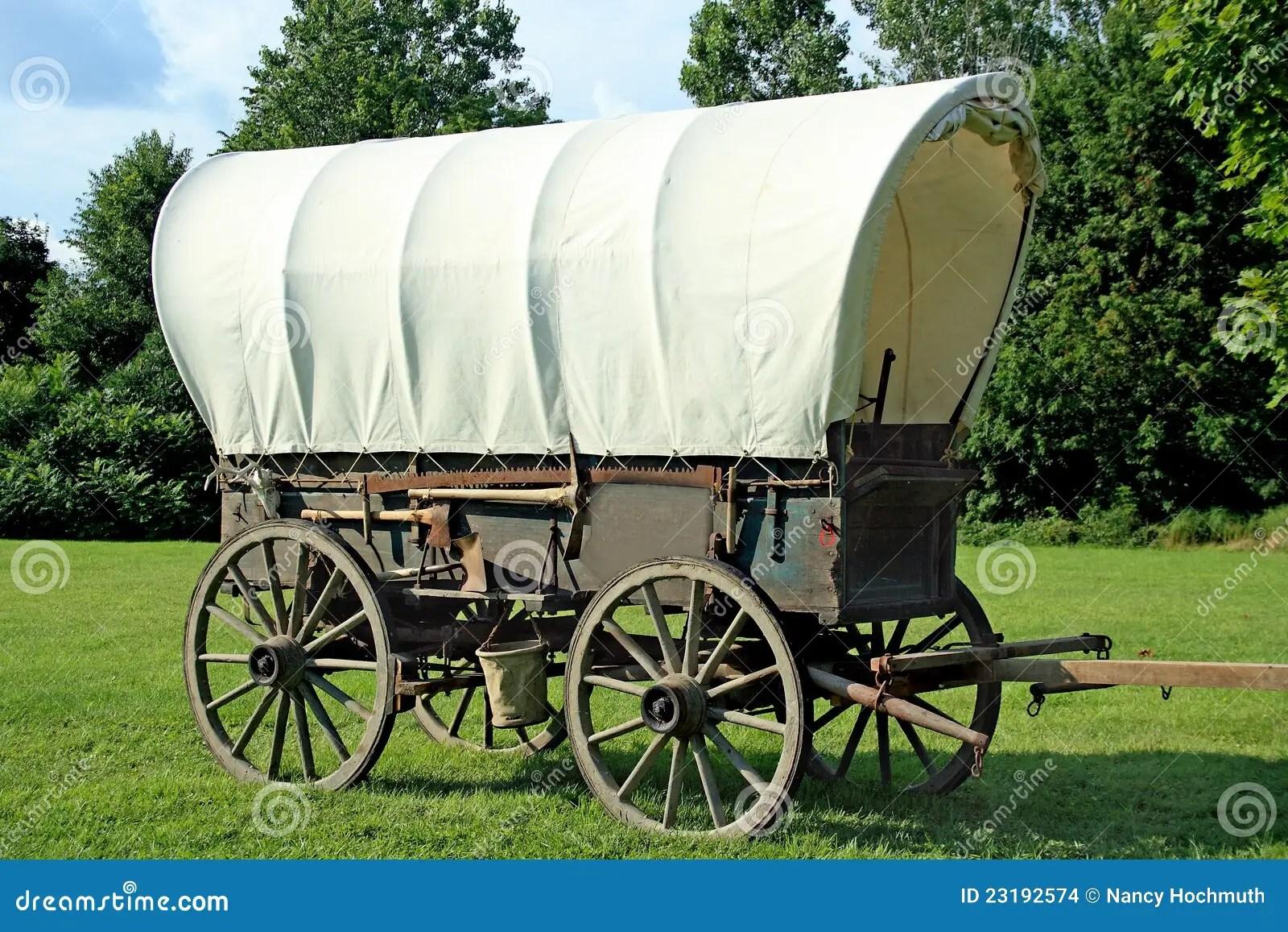 Chariot Couvert Photo Stock Image Du Bois Selection