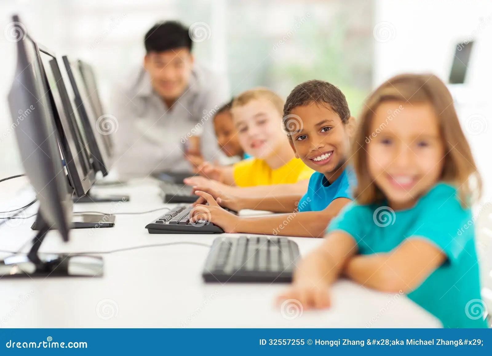 Children Computer Class Stock Image Image Of Cheerful