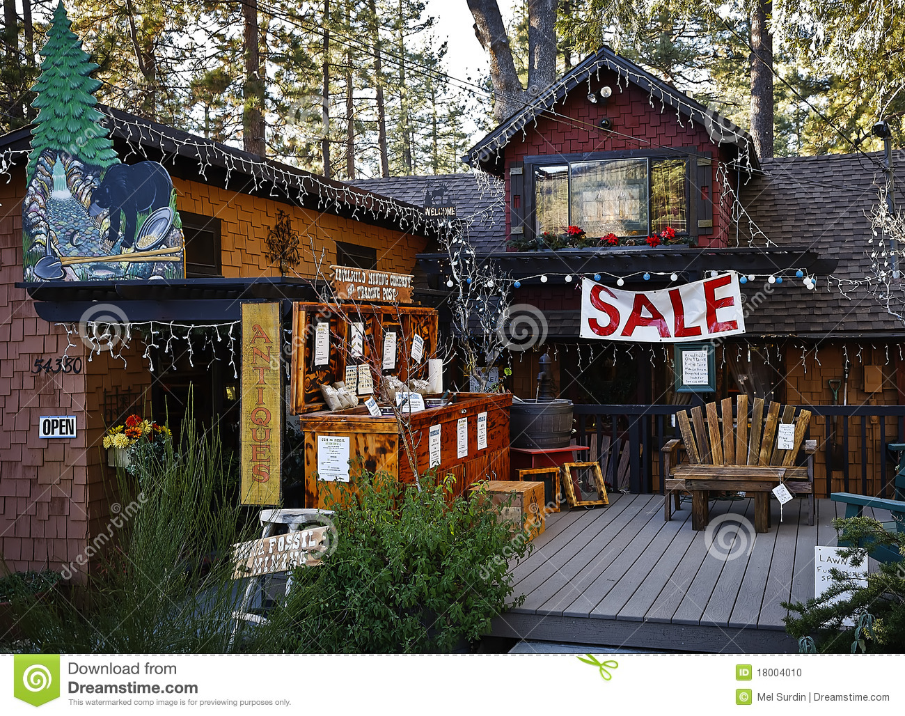 Country Sale Idyllwild California Editorial Image