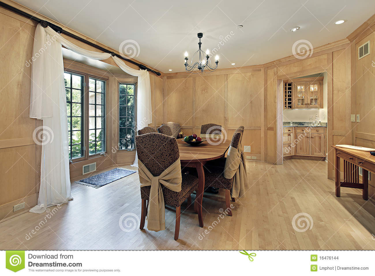 Dining Room With Oak Wood Paneling Stock Images Image
