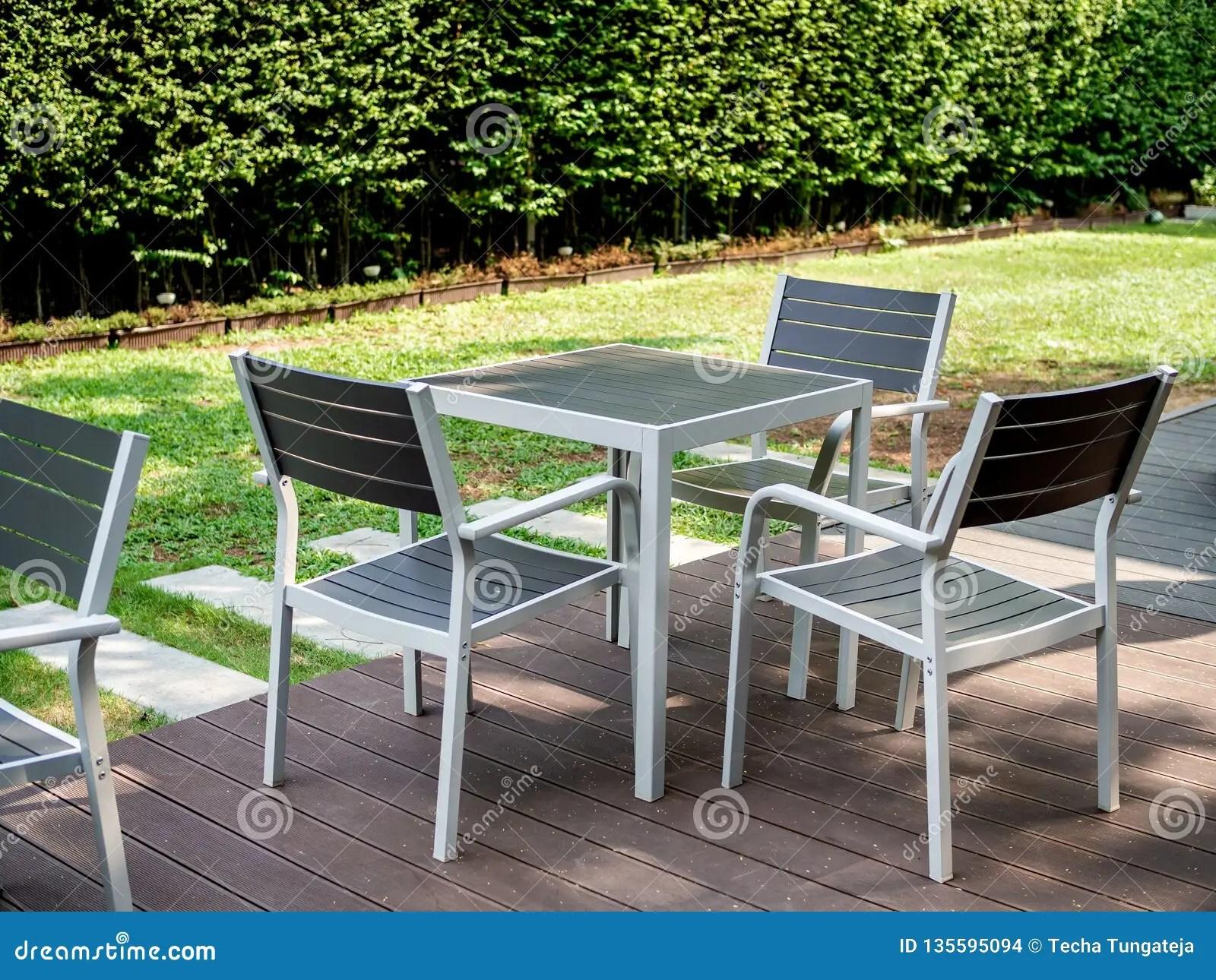 ensemble en bois moderne de table de