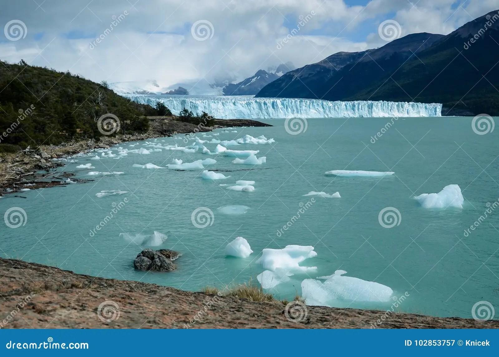 famous perito moreno glacier in los glaciares national park in el calafate argentina south america