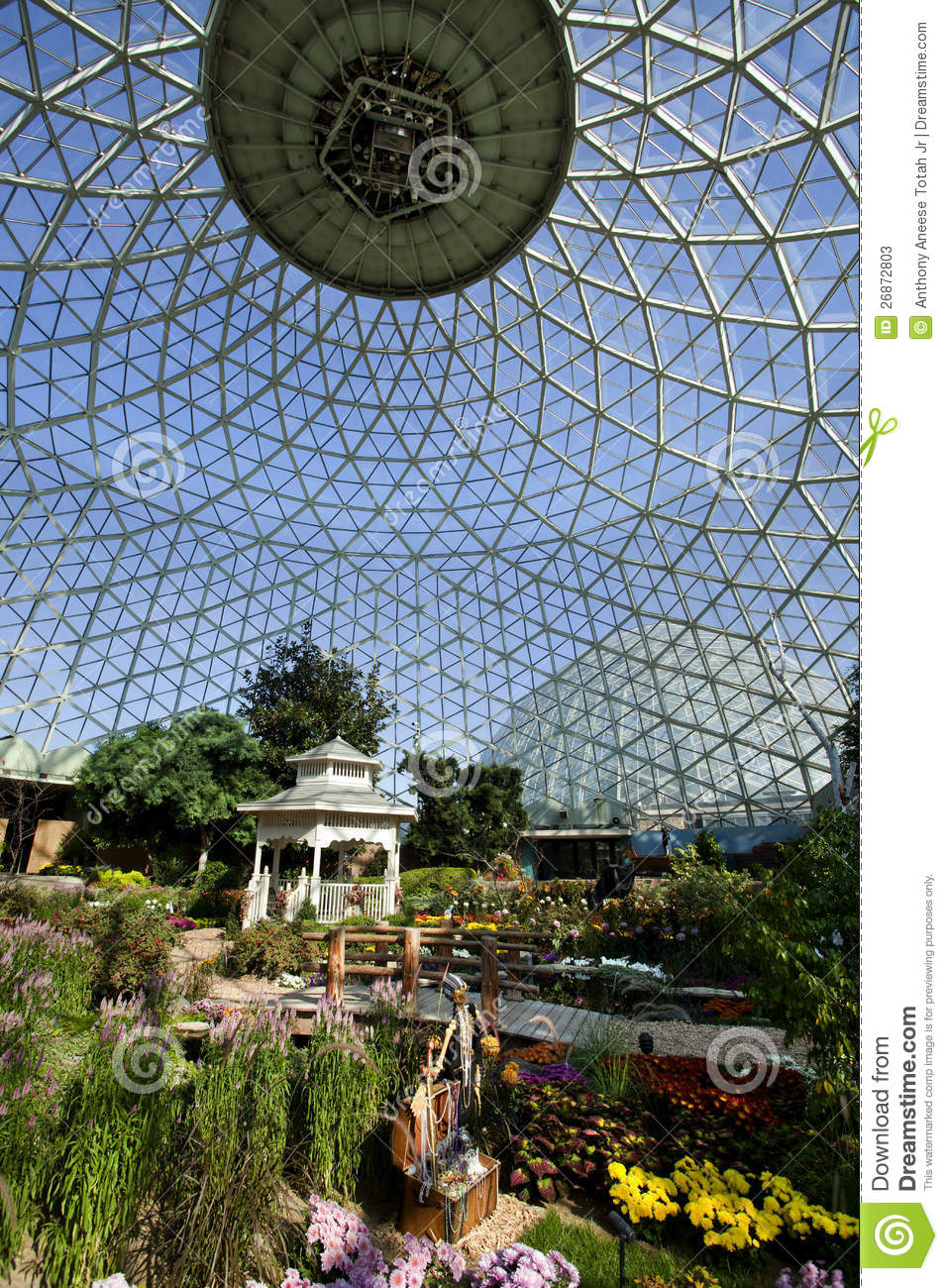 Geodesic Glass Greenhouse Stock Image Image Of Modern