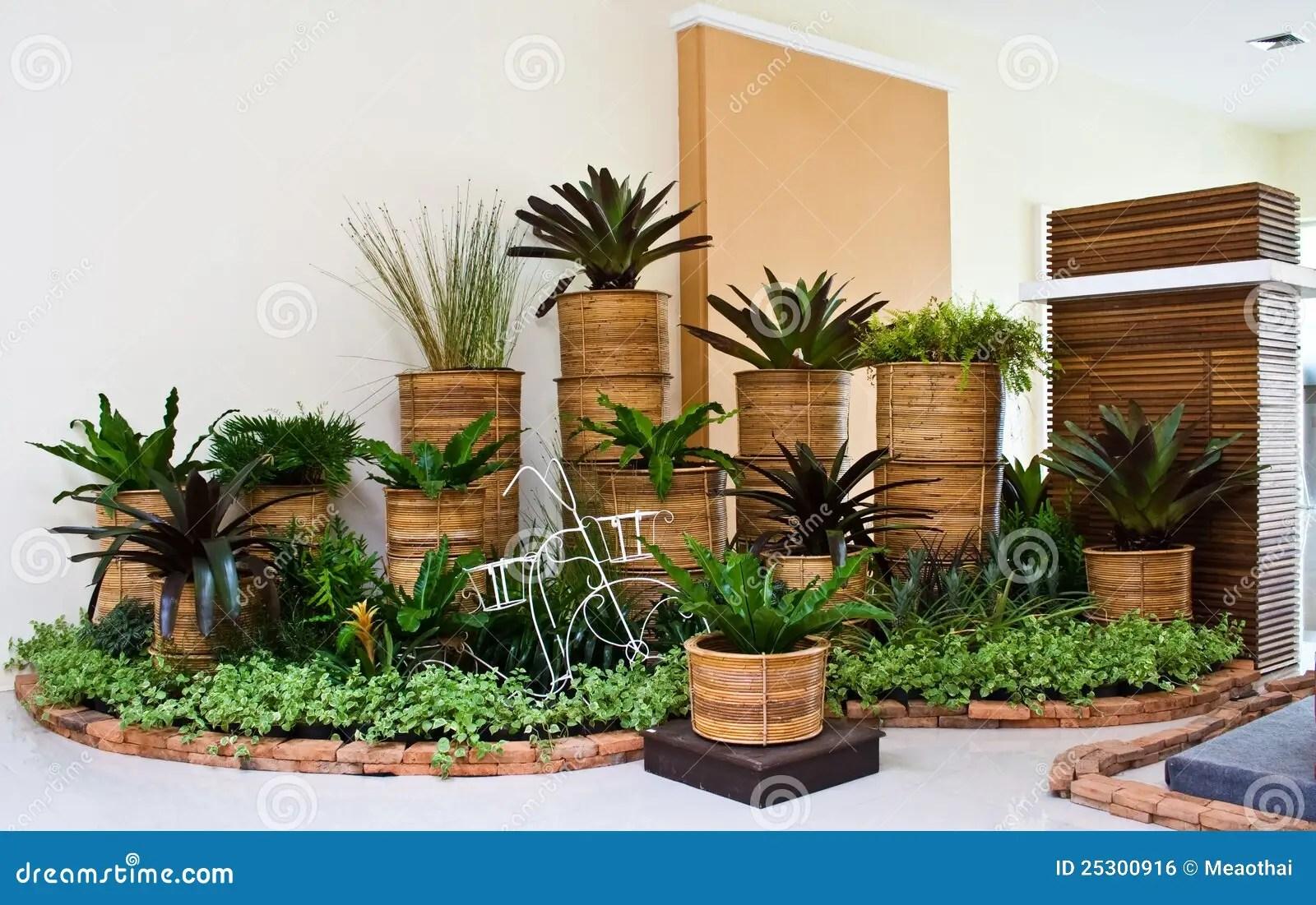 Garden Furniture Xs Stock