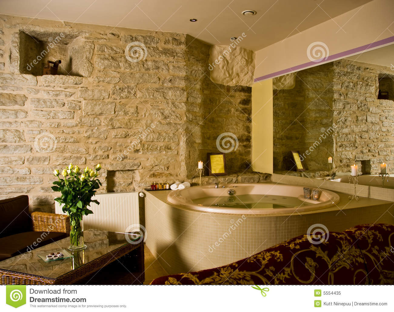 Jacuzzi Inside A Hotel Room Royalty Free Stock Photo
