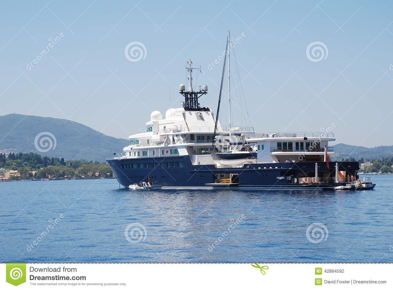 Le Grand Bleu Super Yacht Corfu Editorial Photography Image 42884592