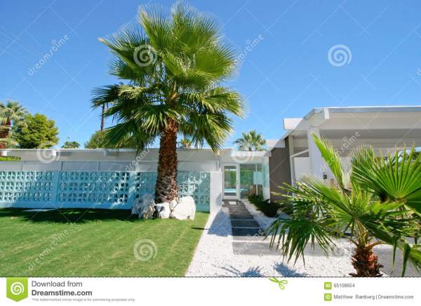 modern palm springs gardens Mid-Century Modern Home stock photo. Image of roof, lawn