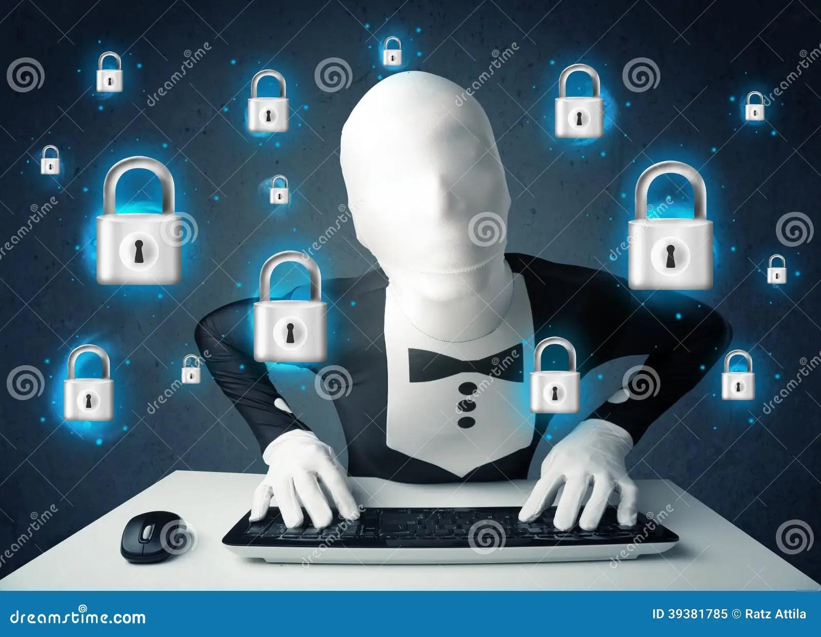 https://i1.wp.com/thumbs.dreamstime.com/z/pirate-informatique-dans-le-d%C3%A9guisement-avec-des-symboles-et-des-ic-nes-virtuels-de-serrure-39381785.jpg