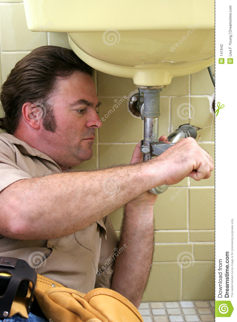 Plumber Using Pipe Wrench Stock Photography Image 141942