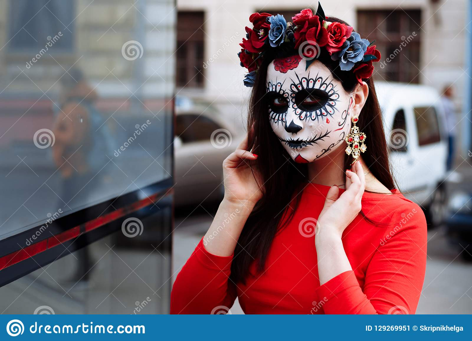 While not an official holiday, the traditional october 31 halloween celebration is much beloved by children in the united states, for whom the day is a chance to don … Portrait Of A Girl In The City With A Make Up Make Up For Halloween Day Of The Dead Zombies Dead Among Us Ghost Walk Of Skel Stock Image Image Of Catrin Horror