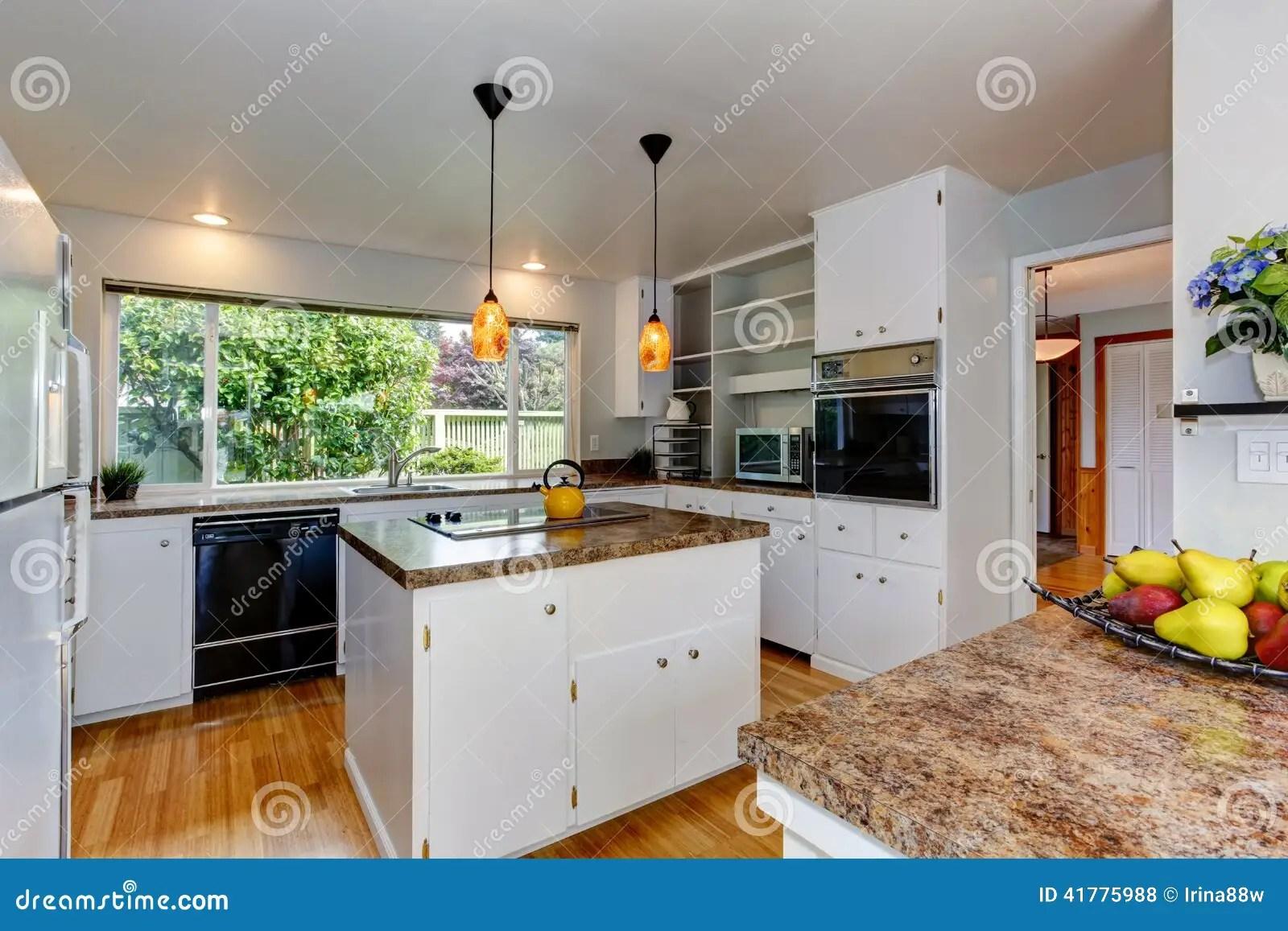 Sala Da Cozinha Com Janela Foto De Stock Imagem 41775988