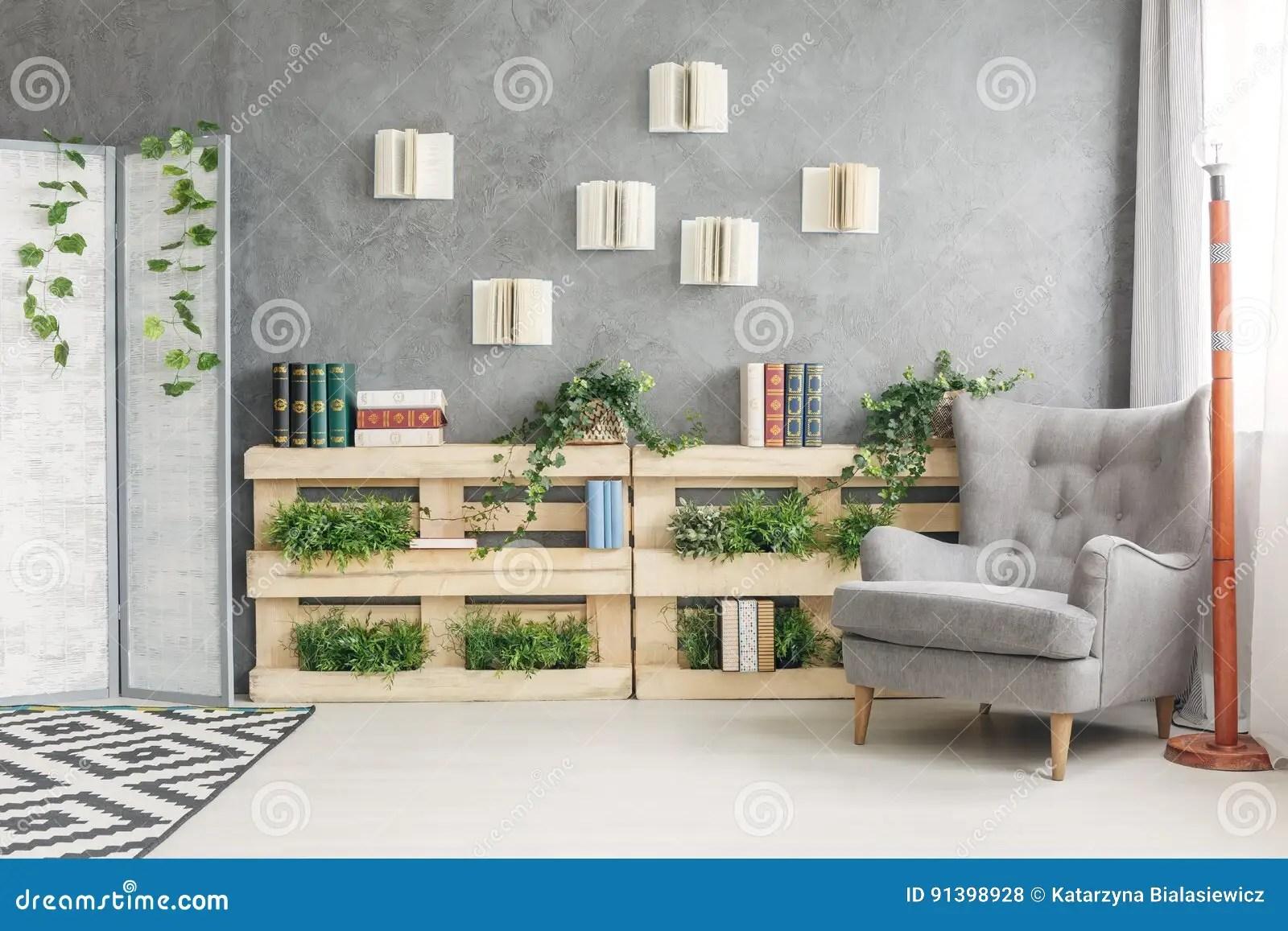 salon avec la bibliotheque photo stock