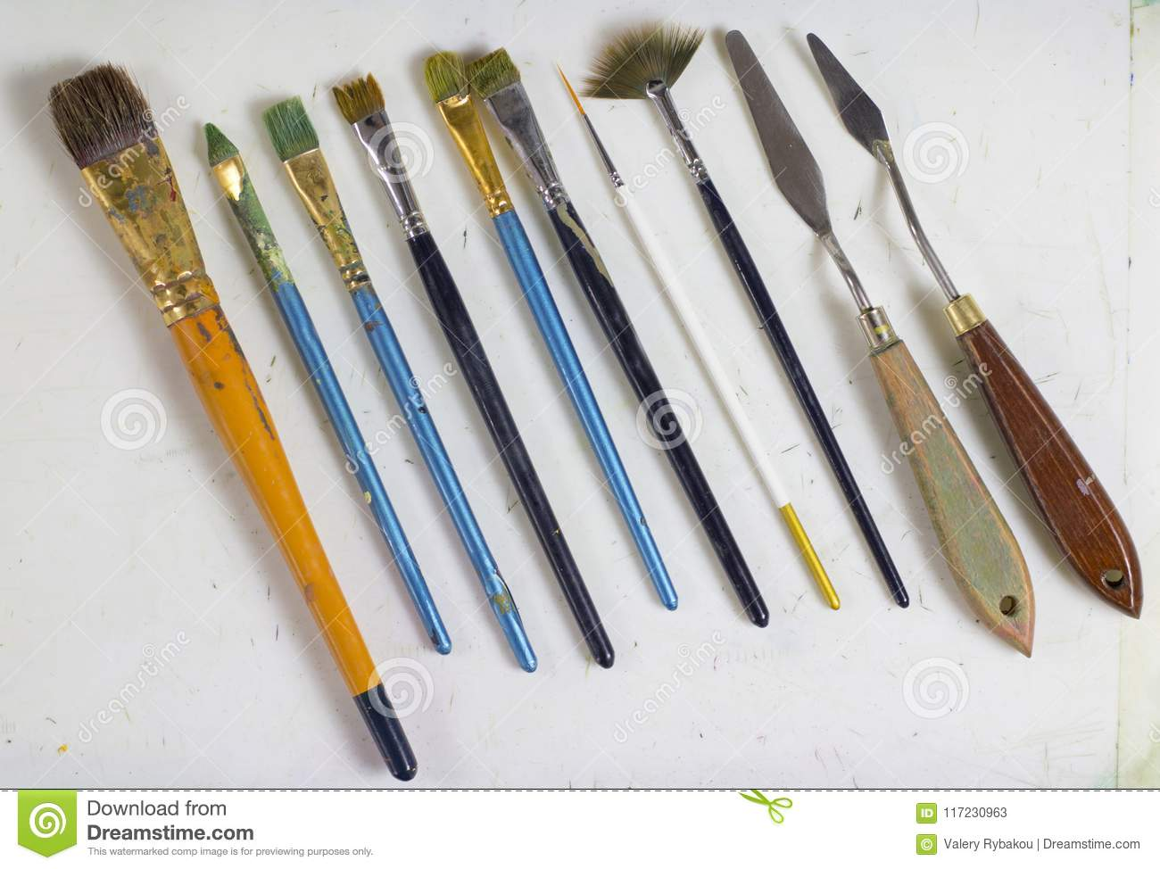 Set Of Old Art Brushes And Palette Knives Palette Knots