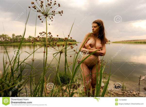 Magic Nude Lake Pregnant Valentina