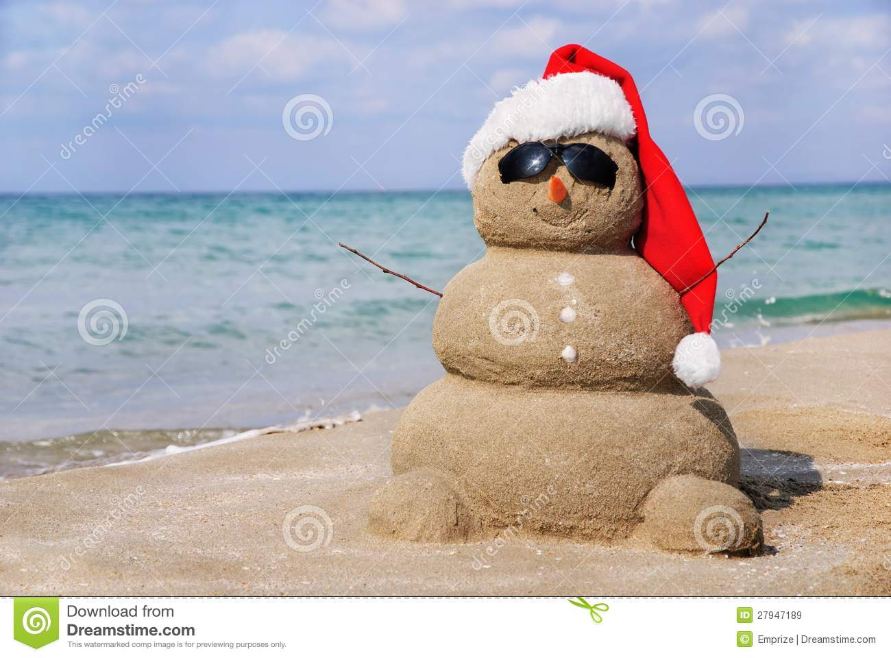 Snowman Made Out Of Sand Stock Image Image Of Sunglasses
