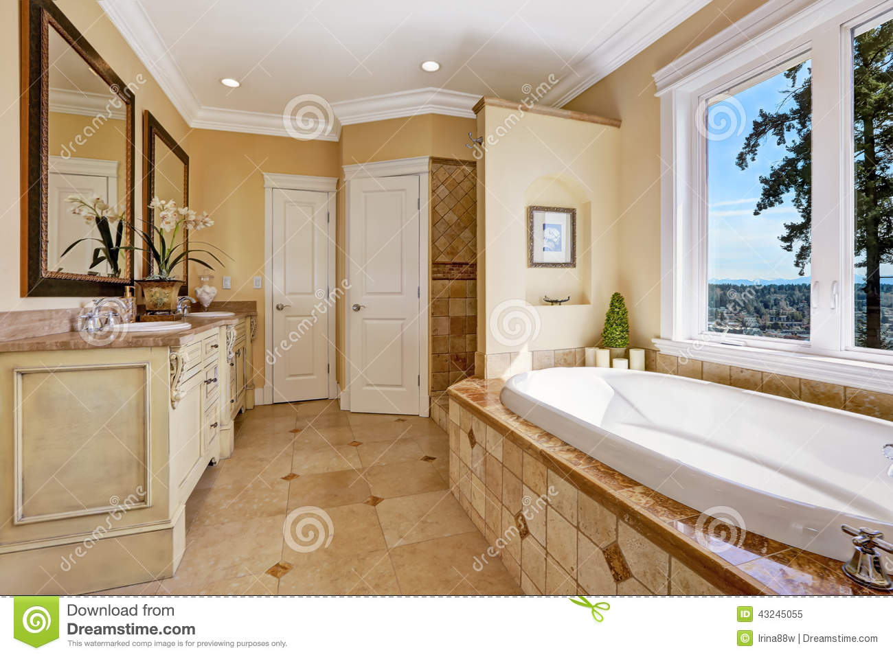 Soft Tones Bathroom Interior In Luxury House Stock Image