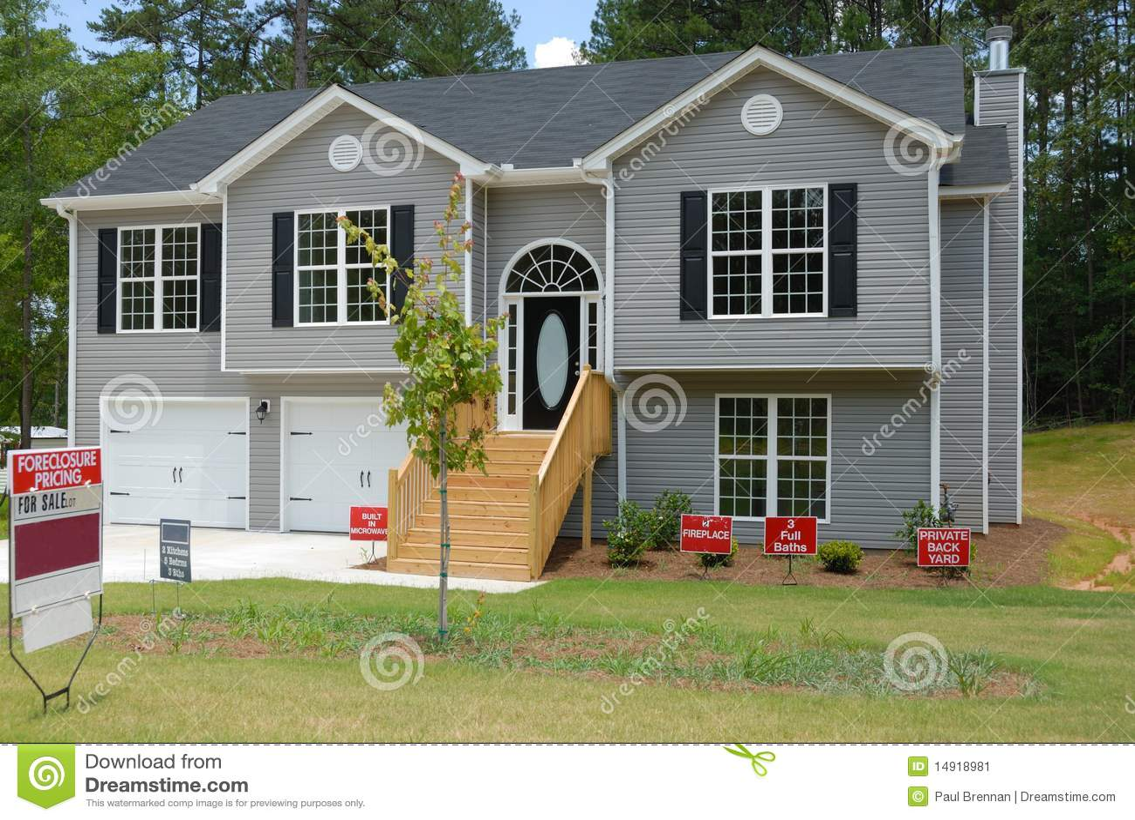 Split Level Home For Sale Stock Image Image 14918981