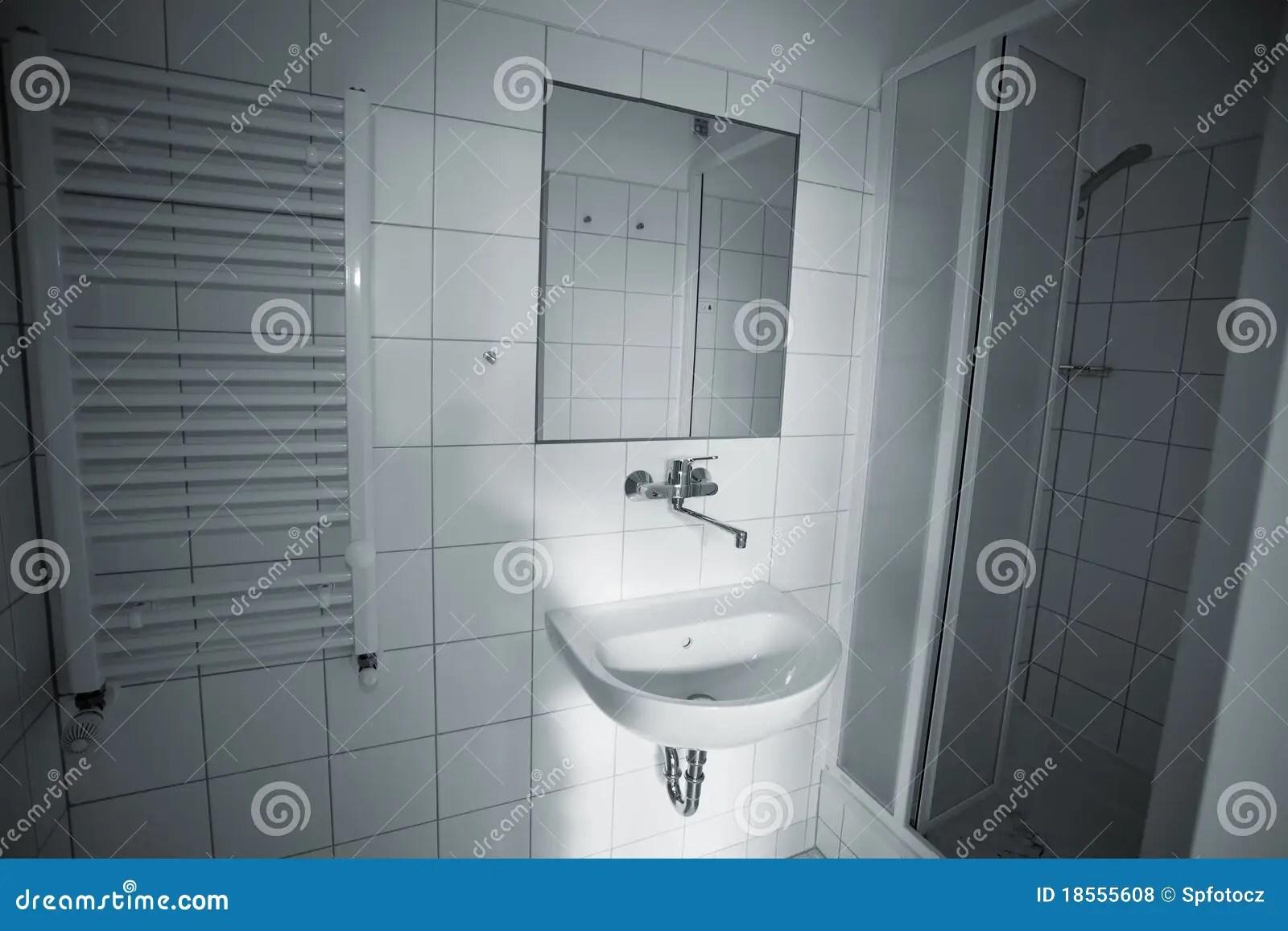 Stanza da bagno fotografia stock. Immagine di illumini ... on Stanza Da Bagno  id=50695