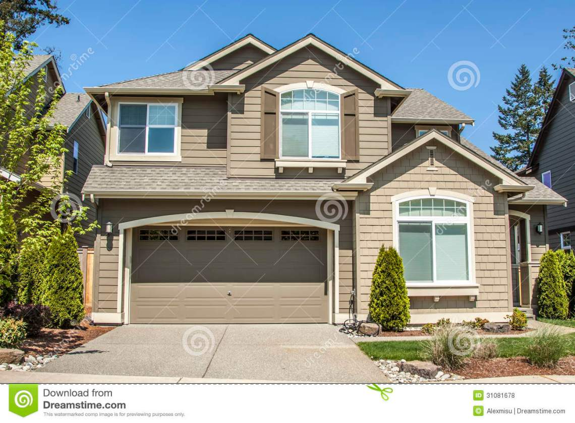 American Garage Home - suburban-house-modern-american-front-entrance-green-grass-front-31081678_Best American Garage Home - suburban-house-modern-american-front-entrance-green-grass-front-31081678  Snapshot_34191.jpg