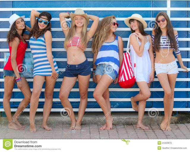 Teens Girls In Beach Fashion At Summer Vacation Or Spring Break