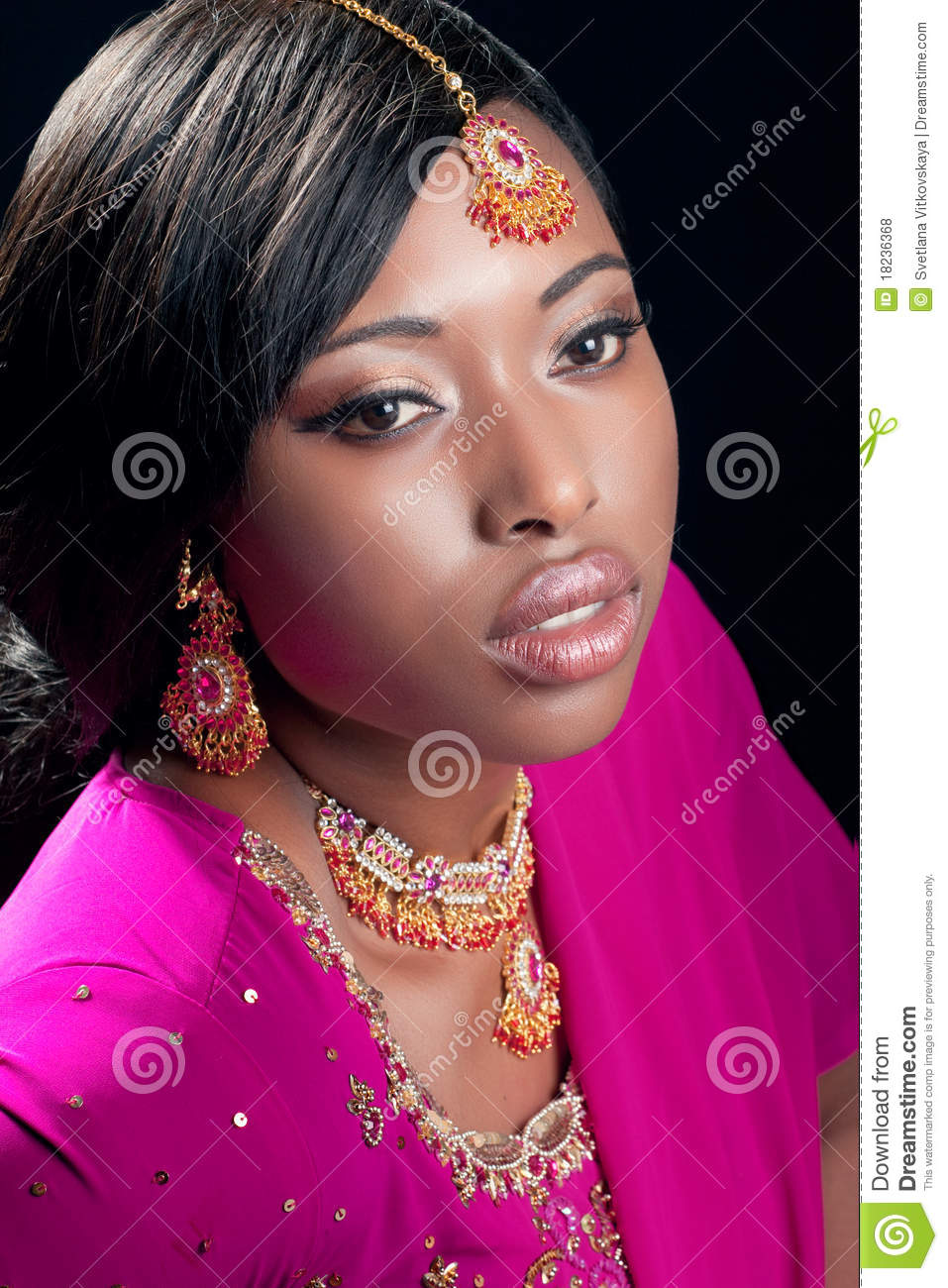 Young Woman Wearing Indian Clothes And Jewelry Royalty