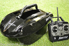 Waverunner Shuttle Bait Boat + Spare Batteries & Solar Panel