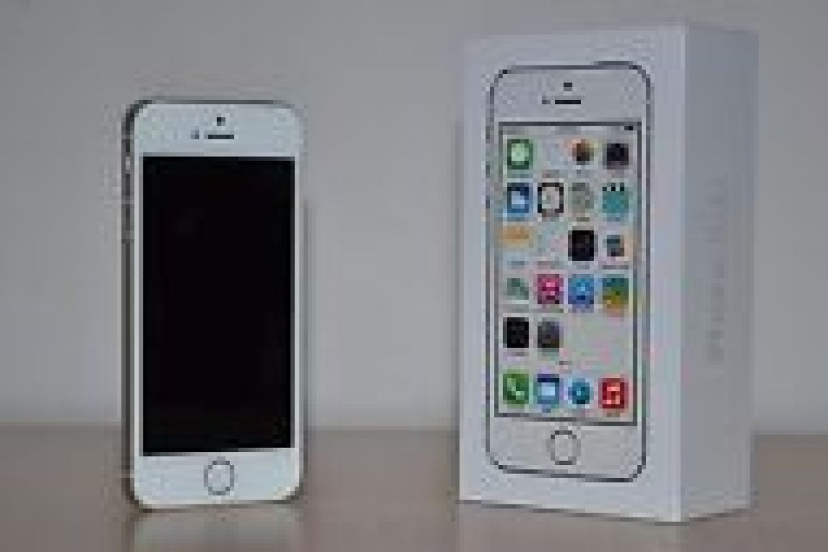 iphone 5s factory unlocked apple iphone 5s 16gb gold factory unlocked 5417