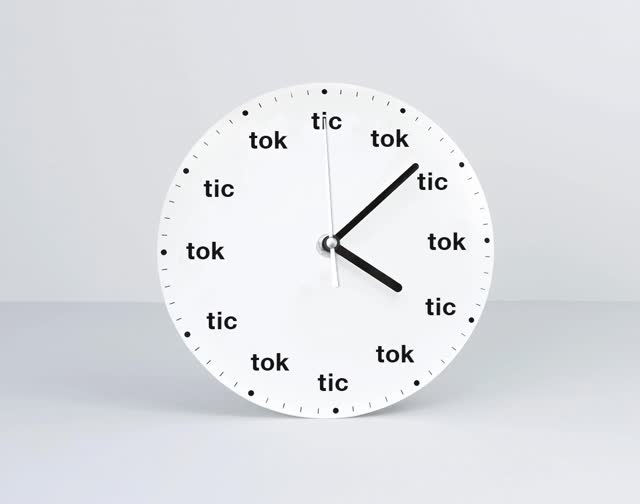 Tic Toc GIFs Search Find Make Amp Share Gfycat GIFs