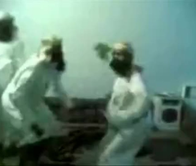 Watch Funny Arab Guys Dancing Gif On Gfycat Discover More Related Gifs On Gfycat