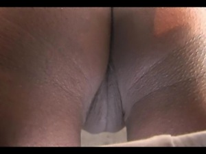 labia slip miley cyrus ass