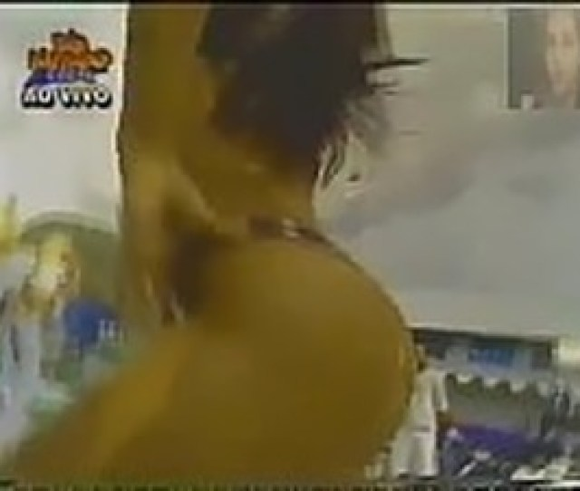 Scheila Carvalho Rebolando Na Banheira Do Gugu Domingo Legal 1998