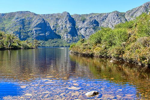 Uitzicht op Crater Lake in Cradle Mountain National Park