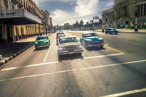 Havana  Cuba Oldtimers in de straat