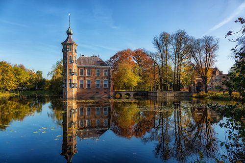 Sprookjes kasteel in de herfst